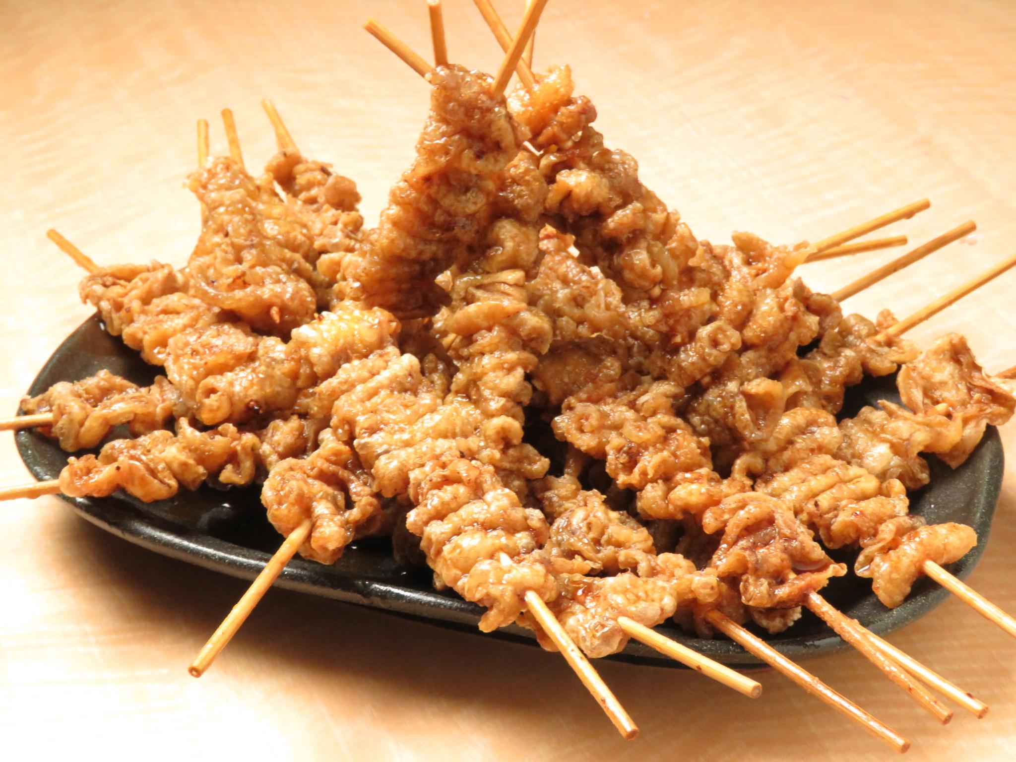 【とりいちず酒場 鶴見東口店】の病みつき鶏料理